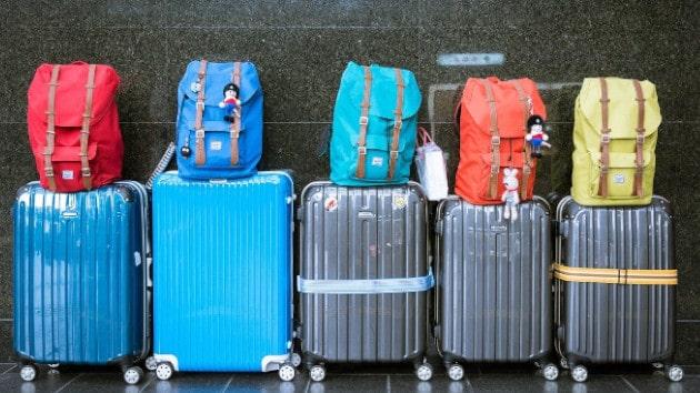 Privilégier des petits sacs pour une plus grande autonomie en trottinette électrique